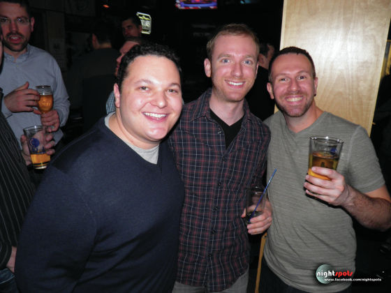 Crew Bar and Grll 4804 N Broadway St Chicago