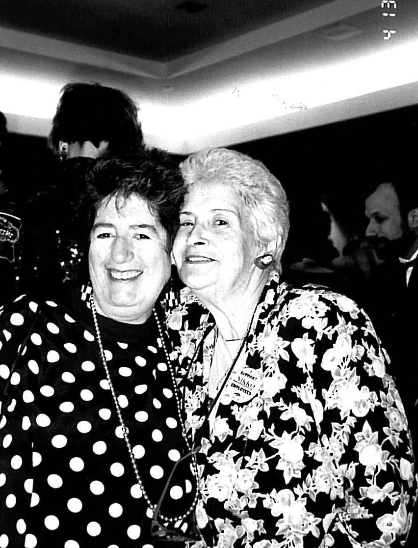 7035 legendary chicago attorney renee hanover dies gay lesbian 1960 and 1970 Feminist Art dillie grunauer and renee hanover at a 1991 horizons event photo by tracy baim