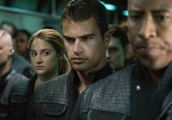 Shailene Woodley and Theo James in Divergent. Photo by Jaap Buitendijk