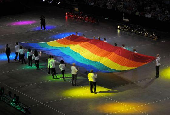 4349 - Gay Games 9 opens in Cleveland-Akron - Gay Lesbian Bi Trans ...: www.windycitymediagroup.com/lgbt/Gay-Games-9-opens-in-Cleveland...