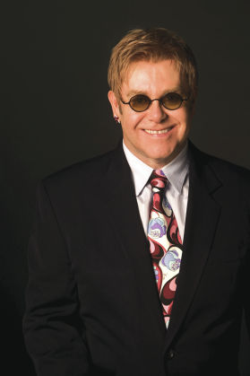 Elton visits John Kerry; anti-Cory Booker mishap; Apple CEO