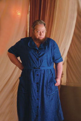 NUNN ON ONE Kathy Bates has hairy good time on 'Horror Story'