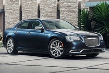 AUTOS-VEHICLE-REVIEW-The-2016-Chrysler-300-hauls-class-