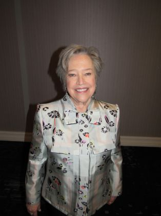 Kathy Bates gets personal at Lynn Sage event