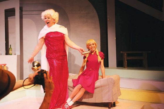 THEATER