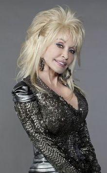 SHOWBIZ-Dolly-Parton-Orange-premiere-Kate-Spade-Ryan-Gosling