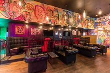 DINING-urbanbelly-goes-retro-Portsmith-series-Chelsea-Room