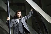 Tenor-Michael-Fabiano-makes-Lyric-debut-in-La-boheme