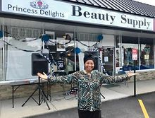 BUSINESS-Black-owned-store-offers-beauty-items-in-Westchester