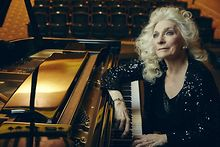Judy-Collins-at-Raue-Center-in-Crystal-Lake-Feb-16
