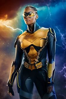 TV-Nafessa-Williams-breaks-barriers-as-Black-lesbian-superhero