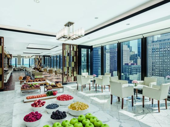 STAYCATION REVIEW The Langham Chicago